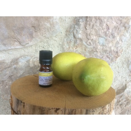 Lemon essential oil from Mallorca